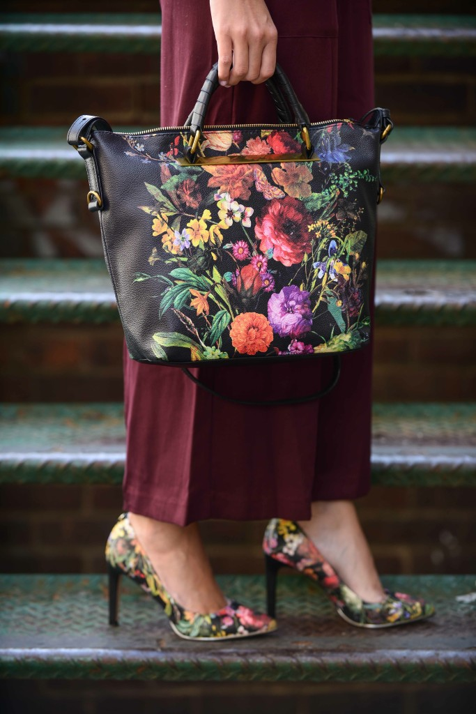 Elliott Lucca botanical print bag at NYFW