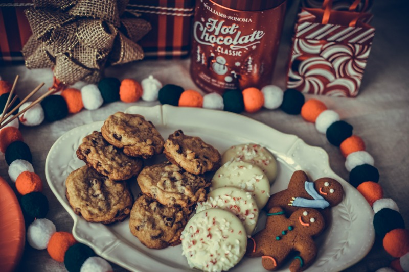 Papyrus Holiday Entertaining, HOW TO THROW A CHRISTMAS COOKIE PARTY WITH PAPYRUS