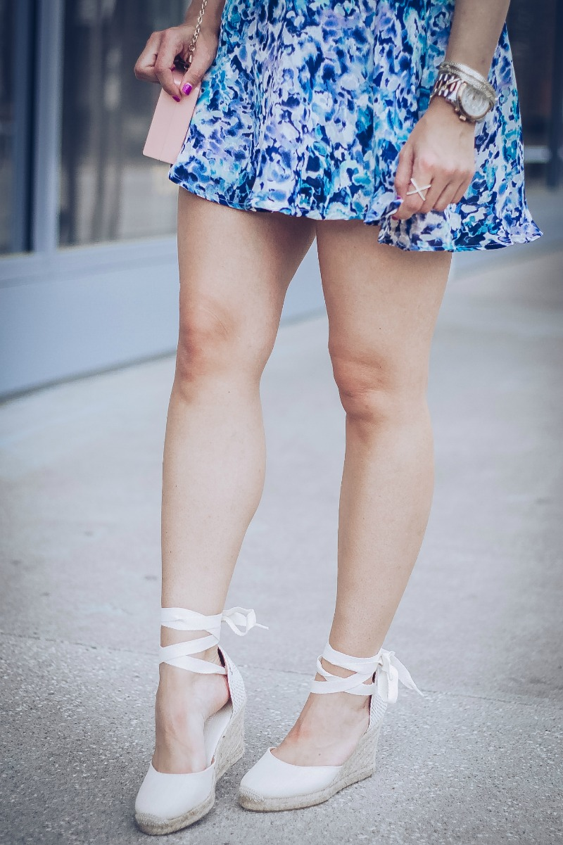 CUPCAKES AND CASHMERE DILLAN FLORAL PRINT SKIRT