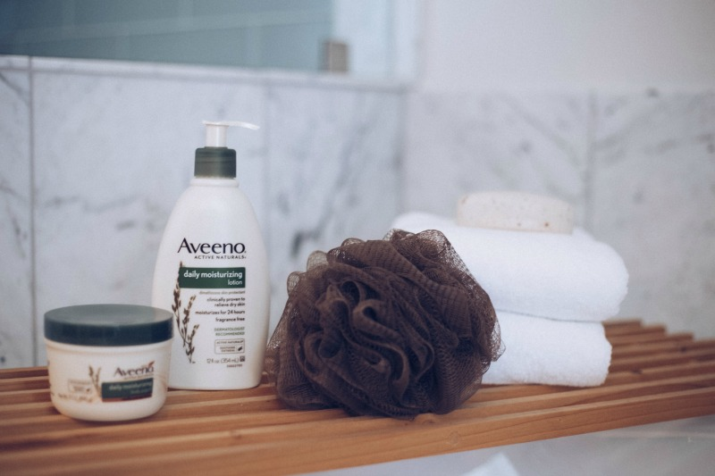 WEEKENDS WITH AVEENO®
