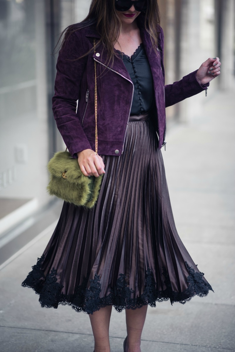 HOLIDAY OUTFIT INSPIRATION: PLEATED LACE HEM SKIRT by Houston fashion blogger The Styled Fox