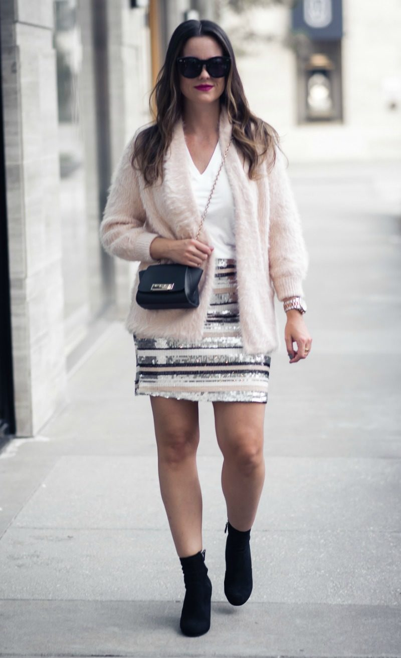 ANTHROPOLOGIE Isla Maude STRIPED SEQUIN MINI SKIRT, HOLIDAY OUTFIT INSPIRATION