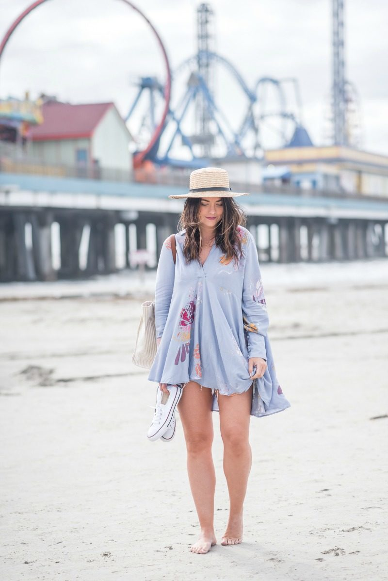 b0c9895c47c6 SIGNATURE FREE PEOPLE TUNIC - FREE PEOPLE OVERSIZED TUNIC by popular  Houston fashion blogger The Styled