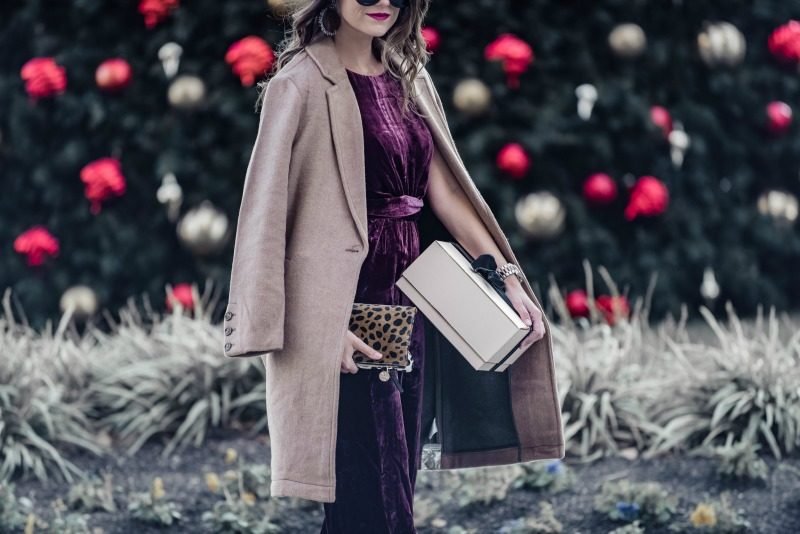 3f255e92d3db How to Wear the Velvet Trend this Winter